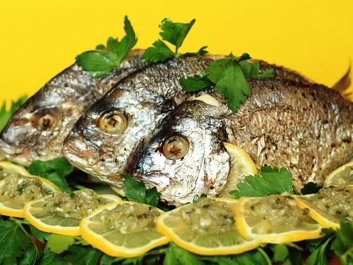 4 Рецепти приготування риби дорадо в духовці