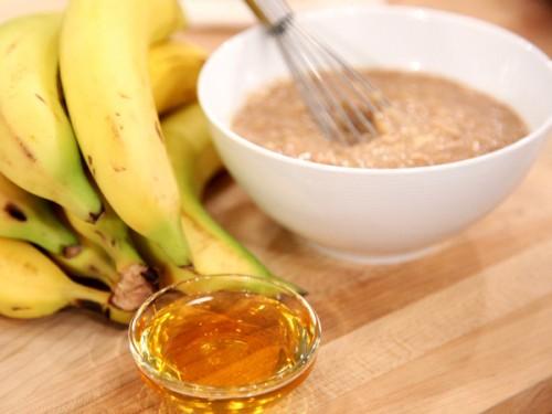 Банан - фрукт універсальний: які страви можна приготувати з бананів?