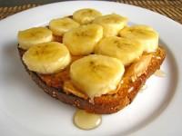 Бананово-медові тости