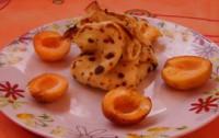 Млинцеві мішечки з абрикосом