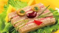 Бутерброд «Вусатий-смугастий»