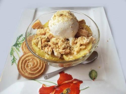 Десерти з яблук: 5 рецептів