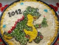 Дитячий новорічний салат «Дракоша» з куркою