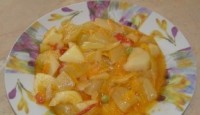 Дитяче овочеве рагу з кабачків