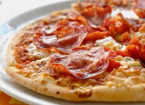 Домашня піца: 3 найшвидших рецепта
