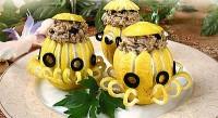 Фаршировані рибкою лимони