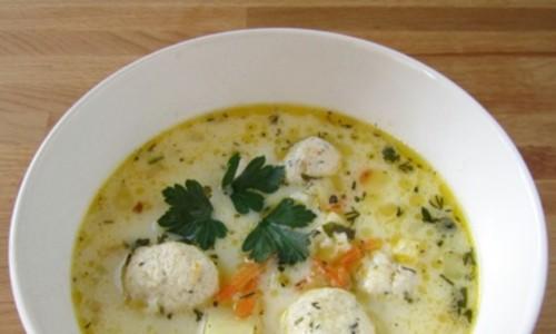 Французький сирний суп з фрикадельками