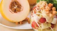 Фруктовий салат з кавуном і динею