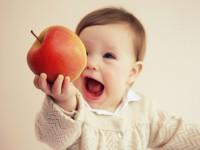 Фрукти в раціоні дитини від року до 1,5 років