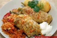 Голубці з капустою, морквою і перлової крупою