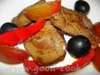 Гаряча фуа-гра з виноградом
