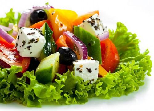 Грецький салат - різні варіанти на будь-який смак