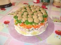 Грибний салат з омлетом