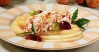 Грушевий салат з кремом з м'якого сиру