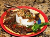 Індичка відварна під білим соусом з рисом