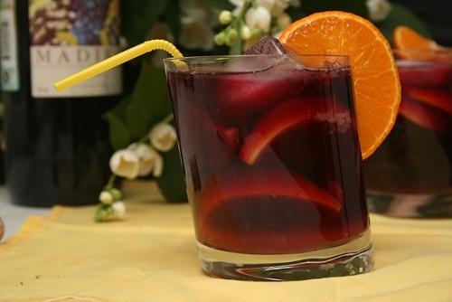 Ягідно-медовий напій