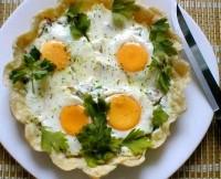 Яєчня-пай на сніданок