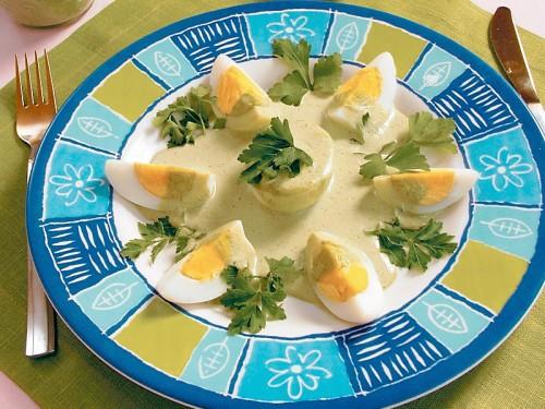 Яйця по-японськи з соусом-хрін