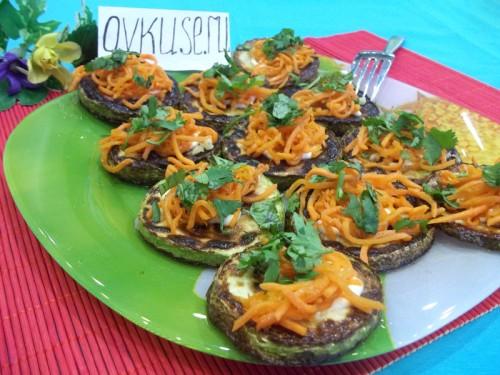 Кабачки з морквою, рецепт приготування з фото