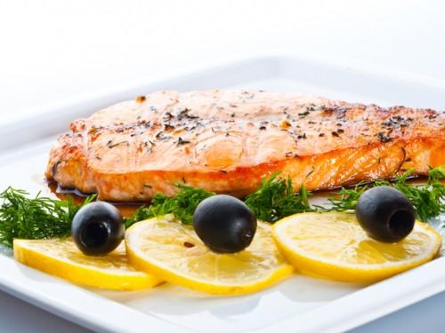 Як приготувати стейки форелі: 7 рецептів