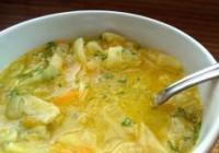 Капустяно-пісний суп цибульний