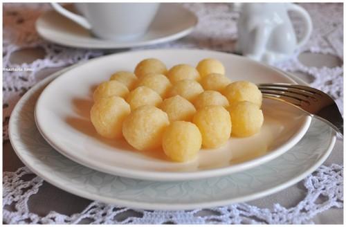 Картопляні галушки в молоці