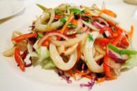 Картопляний салат з кальмарами