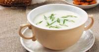 Картопляний суп-пюре з цибулею