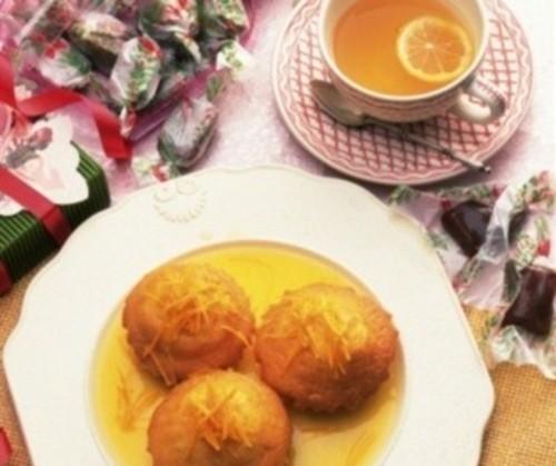 Кекси лимонні з базиліком в сиропі