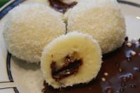 Кнедлі сирні з бананової начинкою