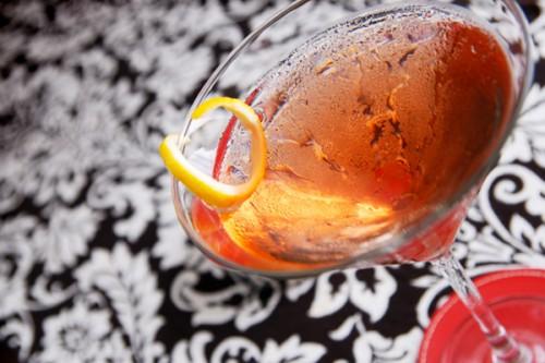 Коктейль «Бум-бум» з шампанського, рому і вермуту