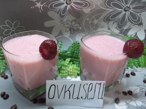 Коктейль з кефіру і полуниці, рецепт приготування з фото