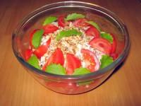 Коктейль-салат з шинки з сиром і хлібом