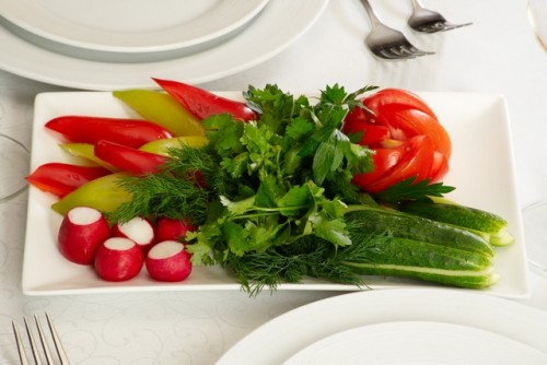 Гарне оформлення овочевих нарізок