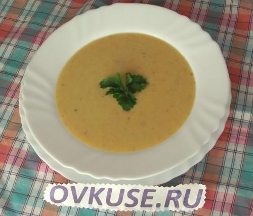 Крем-суп з цибулею пореєм і картоплею