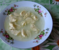 Курячий бульйон з сирними галушками 2