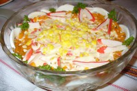 Легкий салат «Балтійський» з овочами і крабовими паличками