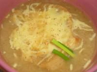 Цибулевий суп по-селянськи