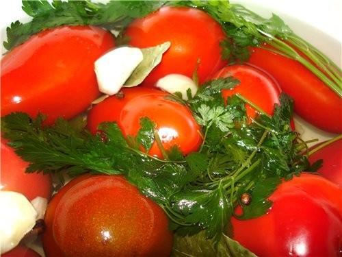 Мариновані помідори кисло-солодкі