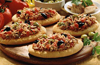 Міні-піци швидкі з тунцем