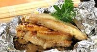 М'ясо багатошарове, запечене у фользі