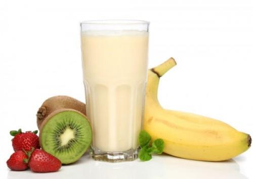Молочні напої: користь круглий рік