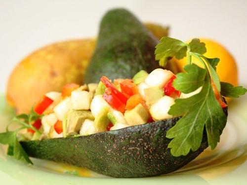 Неперевершена легкість: 9 рецептів святкових овочевих салатів