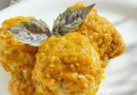 Ніжні курячі «Їжачки» з рисом в овочевому соусі