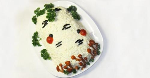 Новорічний салат з куркою «Береза»