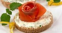 Новорічна бутербродная закуска «Трояндочки»