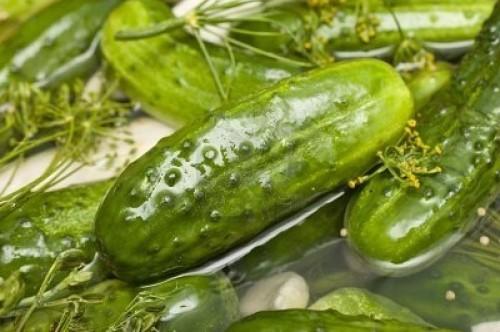 Огірки малосольні - не тільки на розсолі