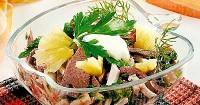 Оригінальний салат з домашньої птиці