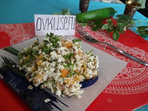 Оригінальний сирний салат