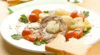 Відбивні зі свинини з картоплею і розмарином